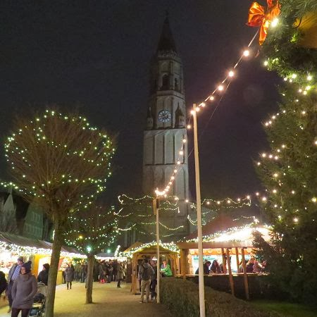 Auf dem Weihnachtsmarkt… Luzia Pimpinella